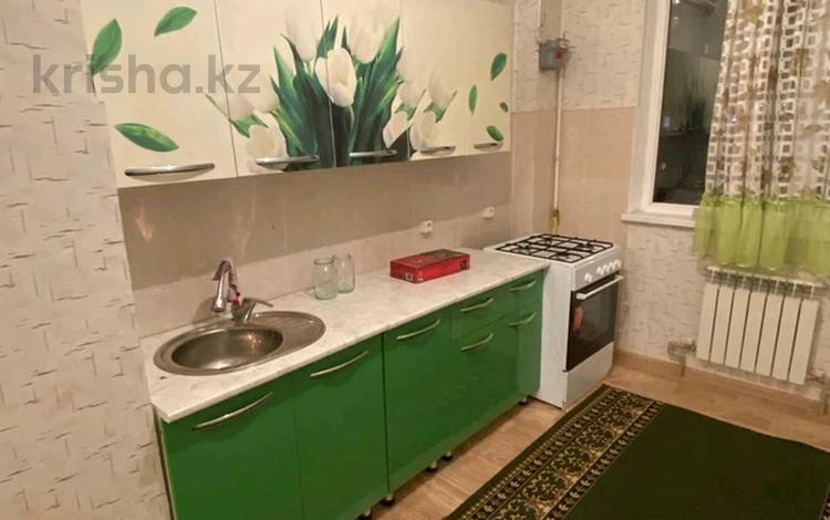 2-комнатная квартира, 60 м², 2/9 этаж помесячно, мкр Нурсат 2, Аргынбекова 74 за 80 000 〒 в Шымкенте, Каратауский р-н