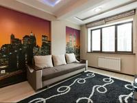 2-комнатная квартира, 55 м², 4/14 этаж посуточно
