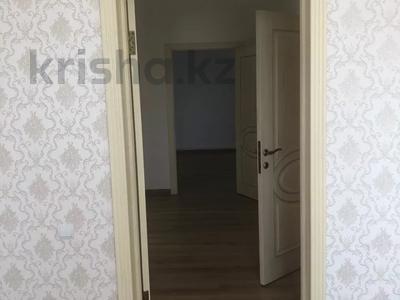 4-комнатный дом, 180 м², 12 сот., Кунгей за 49 млн 〒 в Караганде, Казыбек би р-н — фото 25
