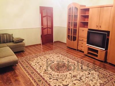 2-комнатная квартира, 80 м², 5/16 этаж посуточно, Мкр Алмагуль 23 за 8 000 〒 в Атырау — фото 5