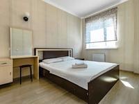 1-комнатная квартира, 48 м² посуточно, Мангилик ел 17 — Алматы за 9 000 〒 в Нур-Султане (Астана), Есиль р-н