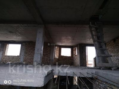 8-комнатный дом, 490 м², 18 сот., Кабанбай батыра 19 за 48 млн 〒 в Бесагаш (Дзержинское) — фото 5