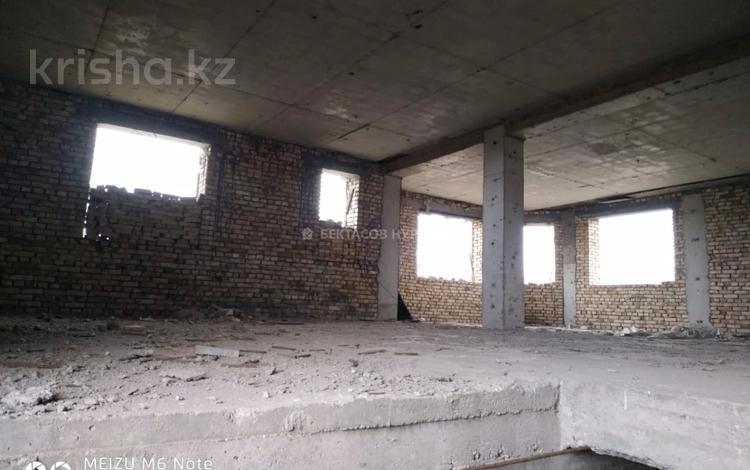 8-комнатный дом, 490 м², 18 сот., Кабанбай батыра 19 за 48 млн 〒 в Бесагаш (Дзержинское)