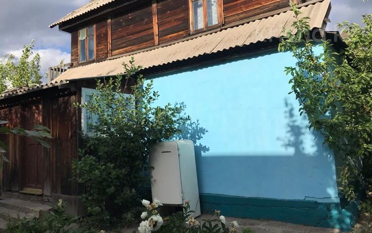 Дача с участком в 8 сот., Алтайский строитель 7 за 2.3 млн 〒 в Усть-Каменогорске