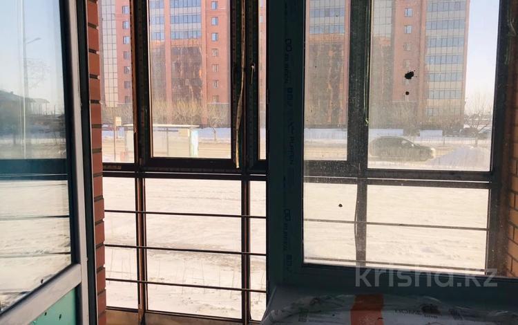 1-комнатная квартира, 44 м², 1 этаж, Жамбыла Жабаева за 14.3 млн 〒 в Петропавловске