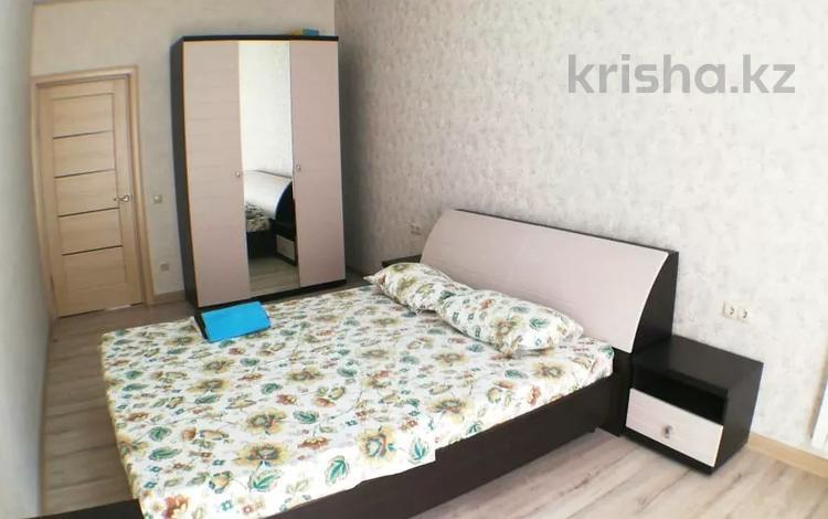 2-комнатная квартира, 75 м², 2/14 этаж посуточно, 17-й мкр, 17 мкр 7 за 12 000 〒 в Актау, 17-й мкр