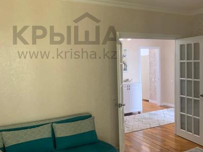2-комнатная квартира, 70 м², 12/12 этаж, Нажимеденова за 32 млн 〒 в Нур-Султане (Астане), р-н Байконур