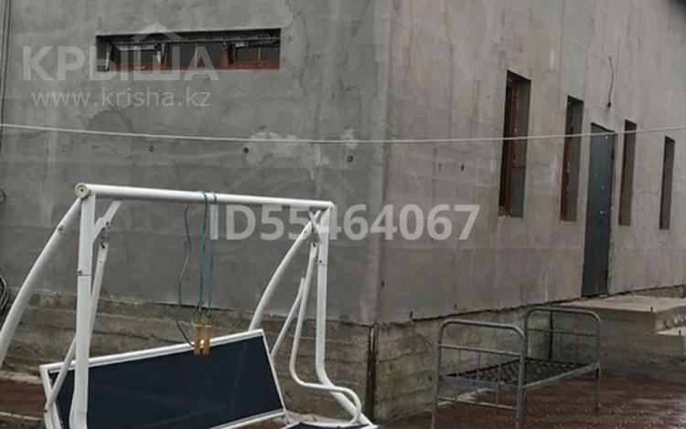 5-комнатный дом, 185 м², 10 сот., Школьная 166 — Абая за 19 млн 〒 в Айганыме