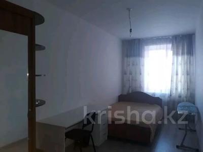 3-комнатная квартира, 82 м², 4/5 этаж помесячно, Ибраева 17Б за 100 000 〒 в Петропавловске — фото 2