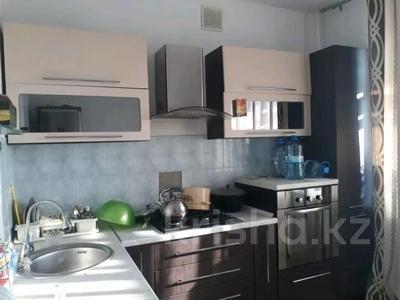 3-комнатная квартира, 82 м², 4/5 этаж помесячно, Ибраева 17Б за 100 000 〒 в Петропавловске