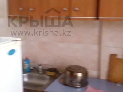 1-комнатная квартира, 32 м², 3/5 этаж посуточно, Бегим ана 10 за 5 000 〒 в