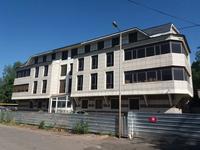 Здание, площадью 2556.2 м²
