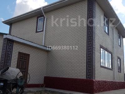6-комнатный дом, 200 м², 13 сот., Абылай хана 1 за 40 млн 〒 в Жибек Жолы