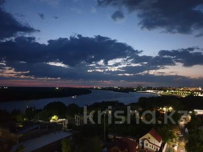 1-комнатная квартира, 55 м², 11/11 этаж посуточно, Исиналиева 1 — Набережная за 10 000 〒 в Павлодаре — фото 10