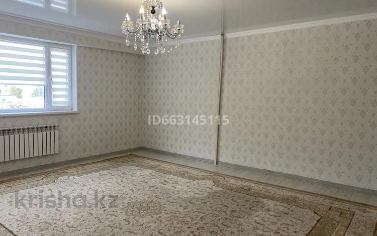 2-комнатная квартира, 57.8 м², 2/4 этаж, Көктем шағын ауданы 4 микроройон 11 дом за 12 млн 〒 в Жанаозен