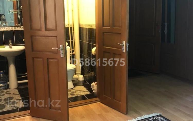 3-комнатная квартира, 105 м², 2/5 этаж помесячно, Сырдария 14 за 100 000 〒 в