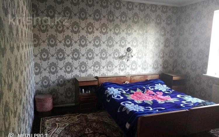 4-комнатный дом, 90 м², 8 сот., улица Карасай батыра — БАК за 21 млн 〒 в Туздыбастау (Калинино)