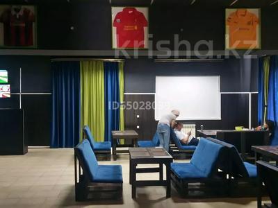 Здание, площадью 497 м², Турара Рыскулова 41 — проспект Мира за 60 млн 〒 в Актобе — фото 20