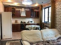 5-комнатный дом помесячно, 250 м², 7 сот.