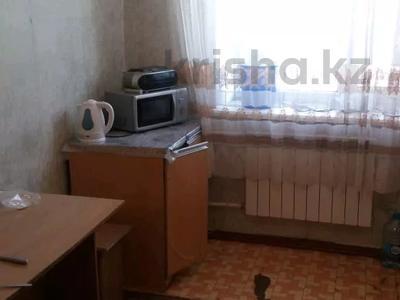 2-комнатная квартира, 56 м², 2/2 этаж, Школьная улица 39 за 7.5 млн 〒 в Байсерке