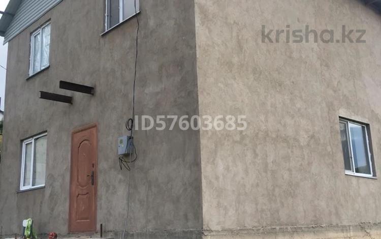 6-комнатный дом, 90 м², 5.35 сот., мкр Думан-2, Асем 87А за 18.1 млн 〒 в Алматы, Медеуский р-н