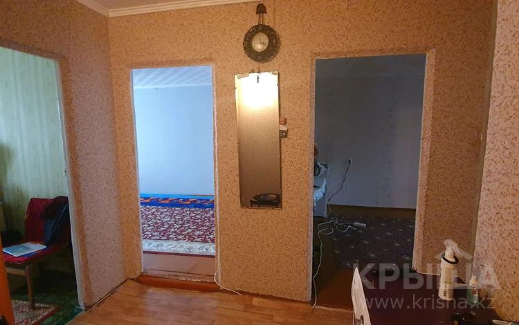 3-комнатная квартира, 62 м², 3/5 этаж, улица Кусаинова 33 за 6.5 млн 〒 в Сатпаев