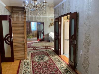 7-комнатный дом, 174 м², 10 сот., Алимжанова — Сырттанова за 25 млн 〒 в Талдыкоргане