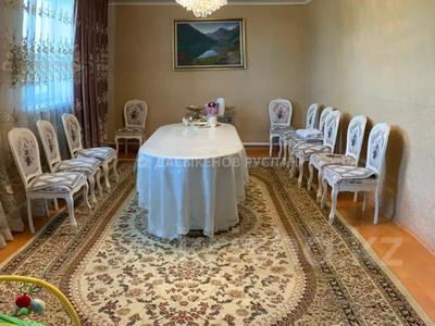 7-комнатный дом, 174 м², 10 сот., Алимжанова — Сырттанова за 25 млн 〒 в Талдыкоргане — фото 8