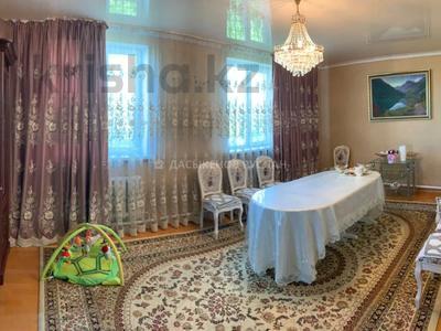 7-комнатный дом, 174 м², 10 сот., Алимжанова — Сырттанова за 25 млн 〒 в Талдыкоргане — фото 10