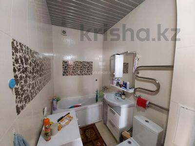 3-комнатная квартира, 75 м², 4 этаж, Сейфуллина 4/2 за 28 млн 〒 в Нур-Султане (Астана), Сарыарка р-н — фото 4