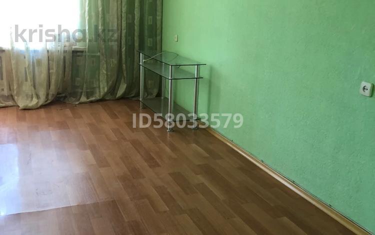 3-комнатная квартира, 68 м², 1/5 этаж помесячно, Мангелик Ел 49 за 100 000 〒 в Семее