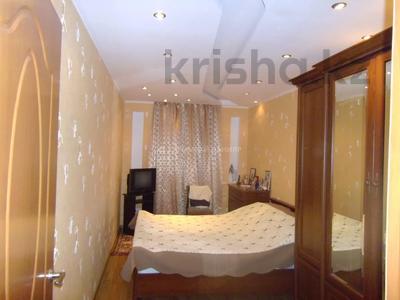 3-комнатная квартира, 60 м², 2/4 этаж, мкр Сайран, Утеген Батыра — Абая за 20 млн 〒 в Алматы, Ауэзовский р-н — фото 2