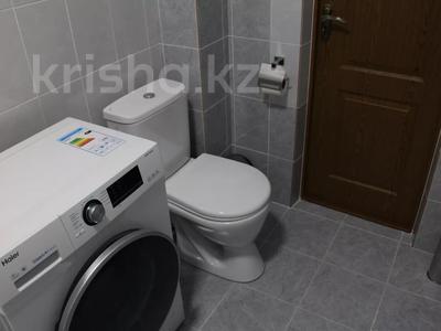 1-комнатная квартира, 48 м², 1/2 этаж посуточно, Биржан Сала 125 — Ж.Жабаева за 13 000 〒 в Талдыкоргане — фото 8