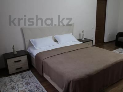 1-комнатная квартира, 48 м², 1/2 этаж посуточно, Биржан Сала 125 — Ж.Жабаева за 13 000 〒 в Талдыкоргане