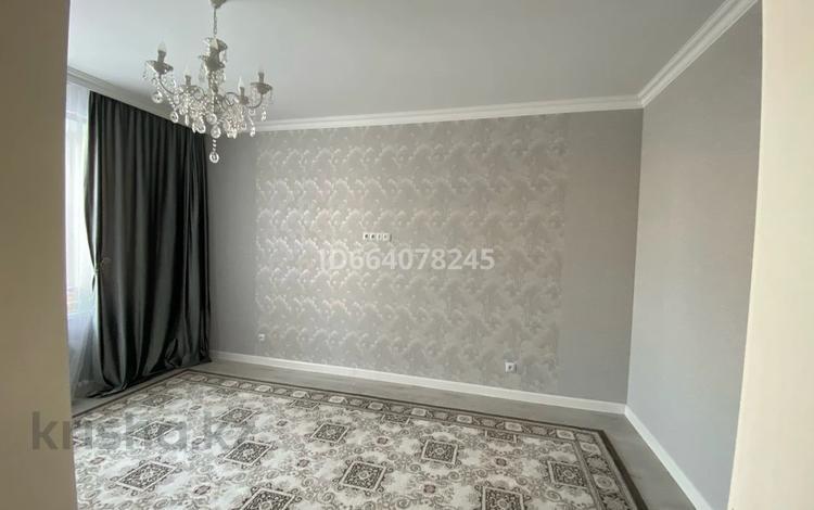 1-комнатная квартира, 35 м², 3/8 этаж, 38 ул — Улы дала за 18.5 млн 〒 в Нур-Султане (Астана), Есиль р-н