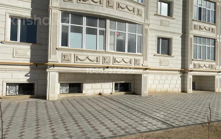 Помещение площадью 560 м², 34-й мкр 14 за 1 800 〒 в Актау, 34-й мкр