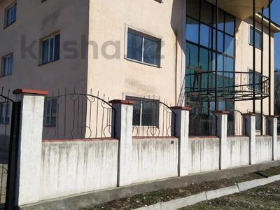Здание, площадью 600 м², Желтоксан 116 за 100 млн 〒 в Талдыкоргане — фото 11