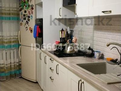 4-комнатная квартира, 84 м², 3/5 этаж, проспект Нурсултана Назарбаева — Молдагуловой за 18.5 млн 〒 в Уральске