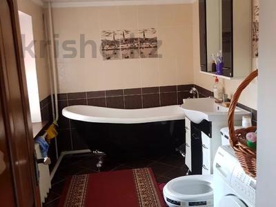 9-комнатный дом, 300 м², 7 сот., 2 Заречная 11 за 27 млн 〒 в Таразе — фото 16