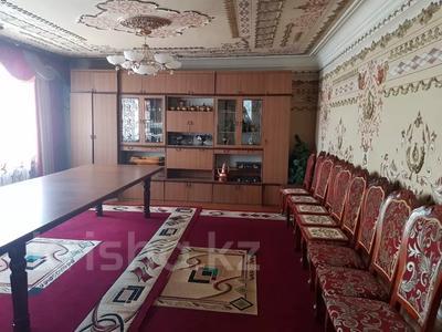 9-комнатный дом, 300 м², 7 сот., 2 Заречная 11 за 27 млн 〒 в Таразе — фото 23