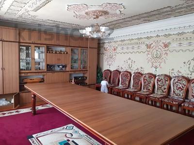 9-комнатный дом, 300 м², 7 сот., 2 Заречная 11 за 27 млн 〒 в Таразе — фото 24