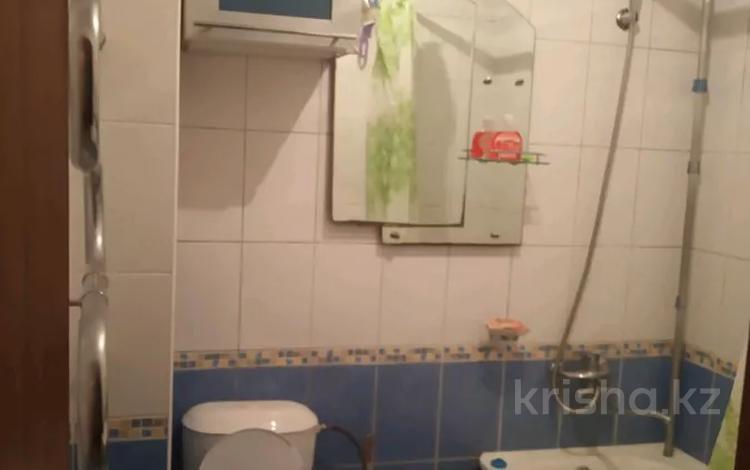 1-комнатная квартира, 32 м², 2/5 этаж посуточно, Бостандыкский р-н, мкр Орбита-2 за 5 000 〒 в Алматы, Бостандыкский р-н