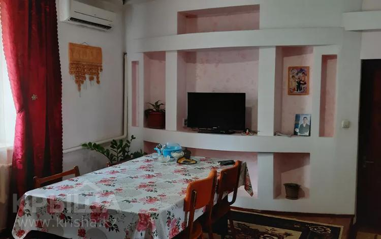 5-комнатный дом помесячно, 98 м², 6 сот., Окым Кортыс 10 за 70 000 〒 в Таразе