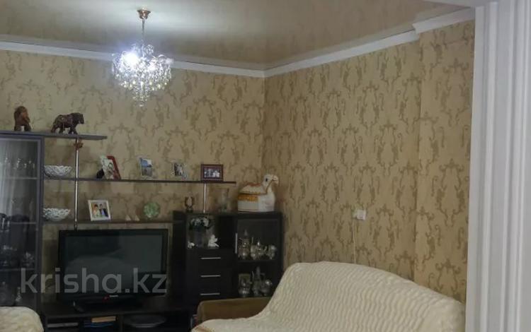 4-комнатный дом, 78 м², 6 сот., Гудермесская — Штурманская за 9.5 млн 〒 в Караганде, Казыбек би р-н