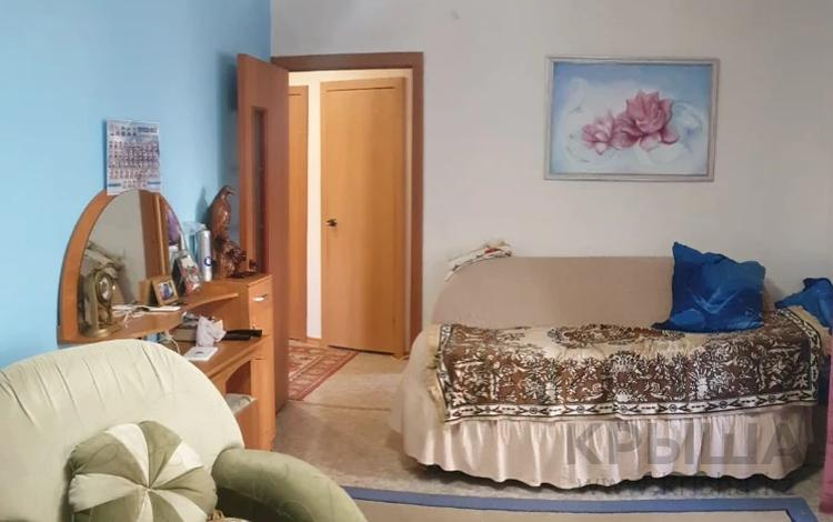 2-комнатная квартира, 48 м², 3/9 этаж, проспект Ауэзова 41 за ~ 16.4 млн 〒 в Усть-Каменогорске
