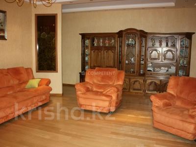 3-комнатная квартира, 130 м², 11/18 этаж, Курмангазы — Муканова за 57.5 млн 〒 в Алматы, Алмалинский р-н — фото 3