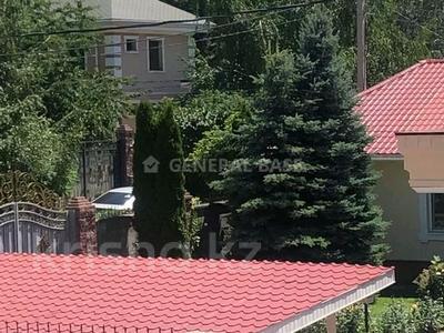 8-комнатный дом помесячно, 450 м², 10 сот., мкр Баганашыл за 1.2 млн 〒 в Алматы, Бостандыкский р-н — фото 25