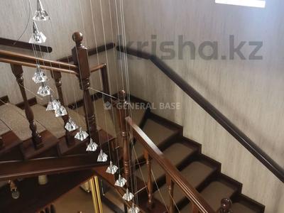 8-комнатный дом помесячно, 450 м², 10 сот., мкр Баганашыл за 1.2 млн 〒 в Алматы, Бостандыкский р-н — фото 11