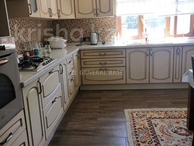 8-комнатный дом помесячно, 450 м², 10 сот., мкр Баганашыл за 1.2 млн 〒 в Алматы, Бостандыкский р-н — фото 13