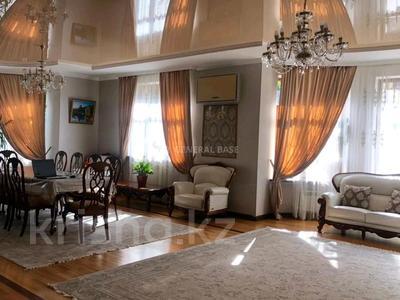 8-комнатный дом помесячно, 450 м², 10 сот., мкр Баганашыл за 1.2 млн 〒 в Алматы, Бостандыкский р-н — фото 10